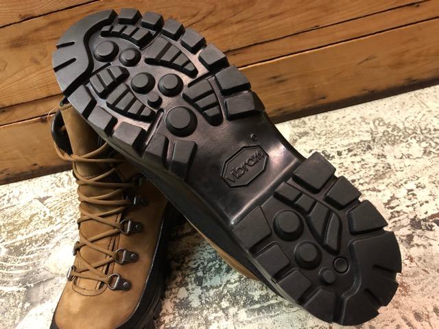 8月31日(土)マグネッツ大阪店モダンミリタリー入荷日!!#6 Boots編! Danner CombatHiker & Oakley DesertBoots!!_c0078587_12531472.jpg