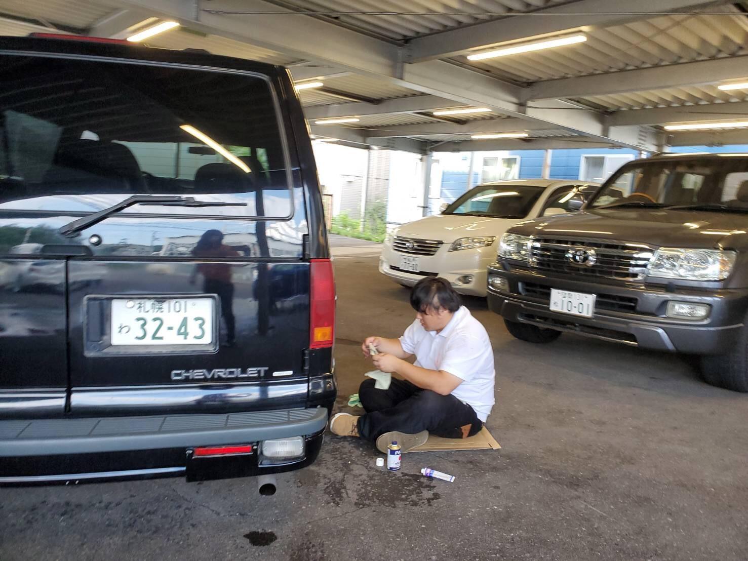 8月31日[土]本店ブログ☆ハマー K様納車!!決算セールやってます✊ランクル ハマー ベンツ♡TOMMY♡_b0127002_19030669.jpg