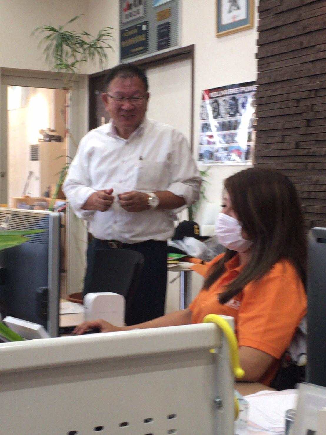 8月31日[土]本店ブログ☆ハマー K様納車!!決算セールやってます✊ランクル ハマー ベンツ♡TOMMY♡_b0127002_19115853.jpg
