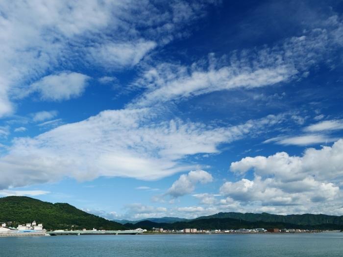 和歌の浦に浮かぶ秋の雲  2020-10-15 00:00  _b0093754_23301016.jpg