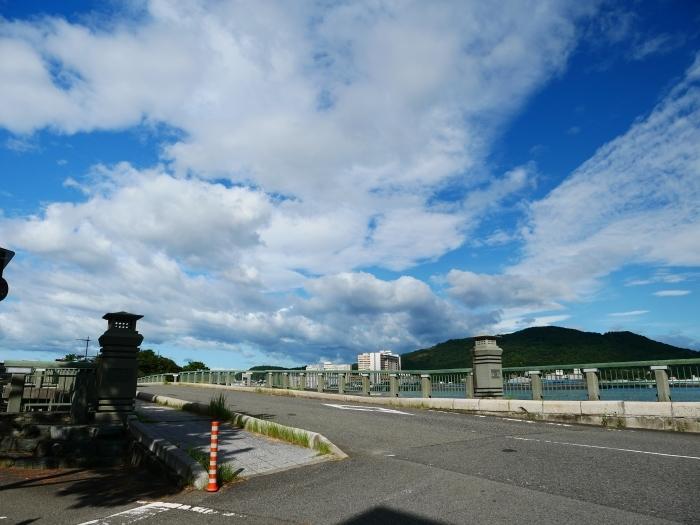 和歌の浦に浮かぶ秋の雲  2020-10-15 00:00  _b0093754_23313745.jpg
