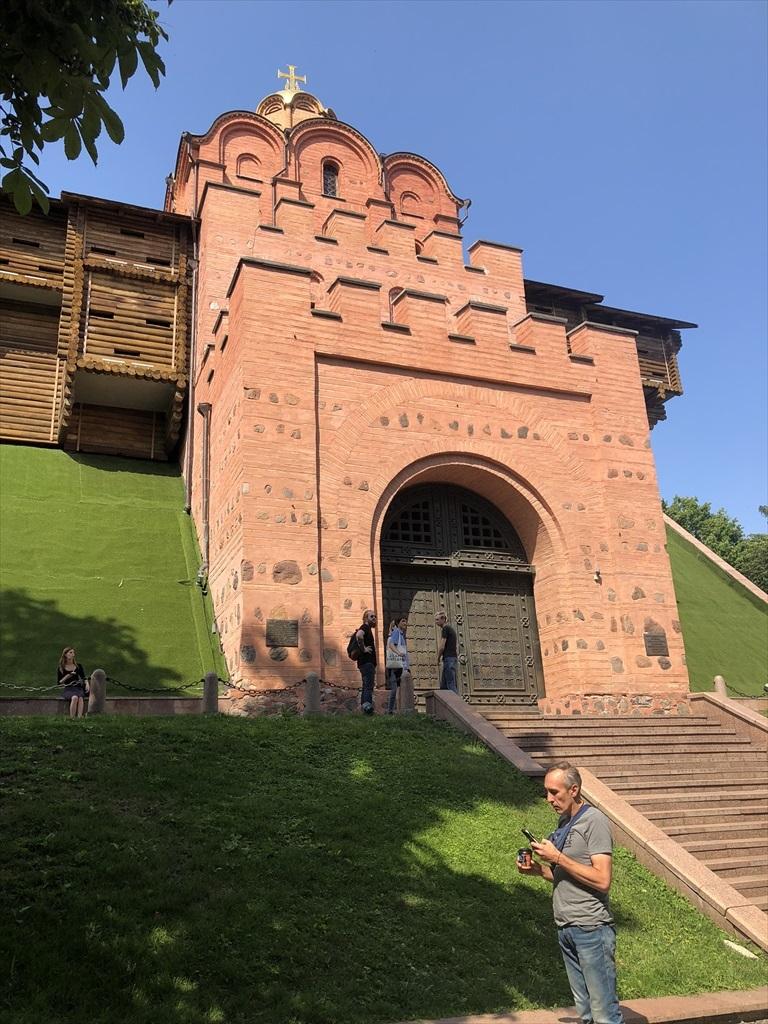 """キエフの正面玄関""""黄金の門""""@ウクライナ_a0092659_08282262.jpg"""