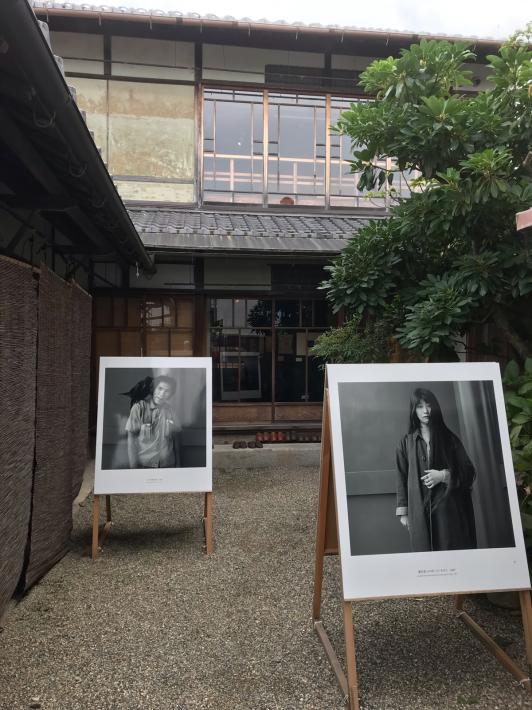 ボーダレス・アートミュージアムNO-MA企画展『忘れようとしても思い出せない』_a0034066_07194825.jpg
