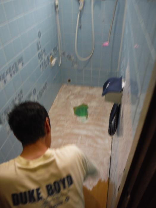 トイレ リフォーム ~ 半日で工事終了です。_d0165368_04034774.jpg