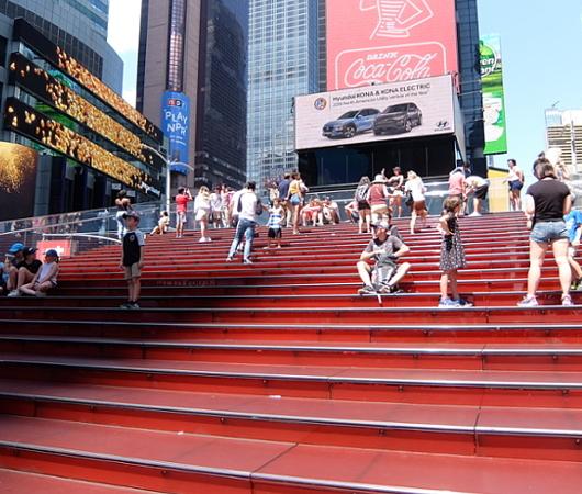夏のニューヨーク、タイムズ・スクエアの風景_b0007805_20125150.jpg