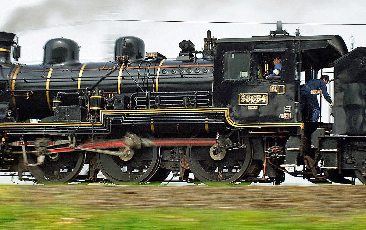 再び蒸気機関車。_b0044115_06494688.jpg