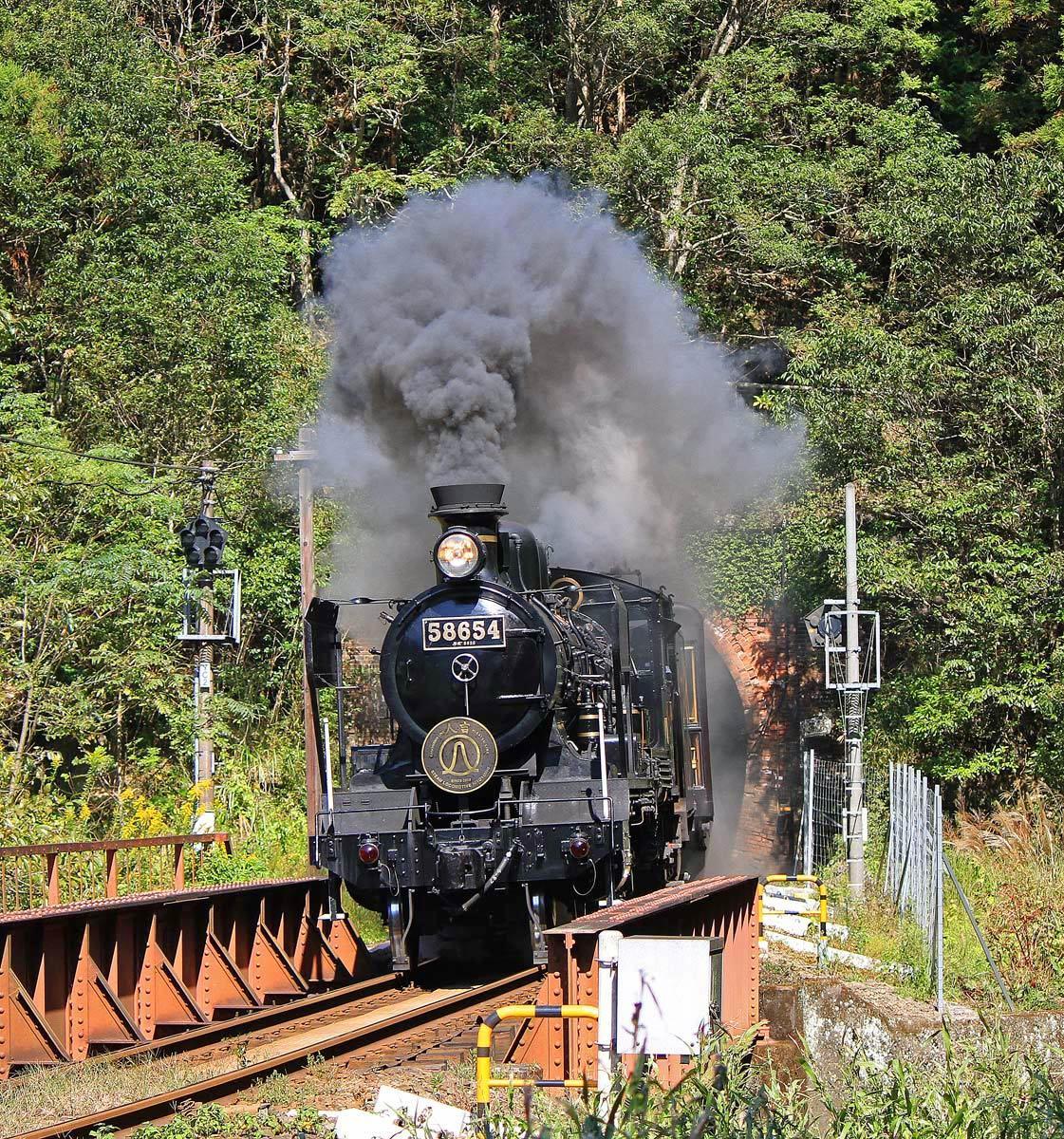 再び蒸気機関車。_b0044115_06521438.jpg