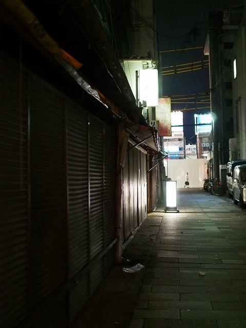 夜の街 1/2_d0052327_14172077.jpg