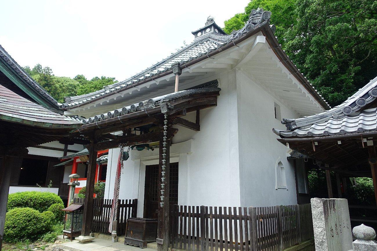 柳谷観音 楊谷寺(その2)本堂と伽藍_c0112559_10405632.jpg