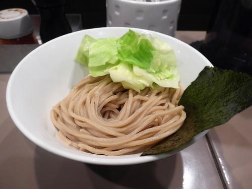 新宿「つけ麺 五ノ神製作所」へ行く。_f0232060_1133061.jpg