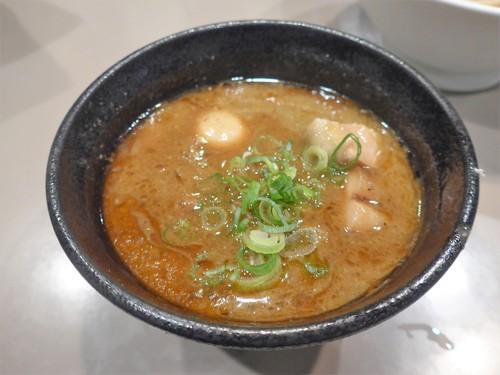 新宿「つけ麺 五ノ神製作所」へ行く。_f0232060_113515.jpg