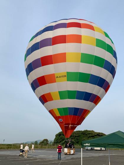 気球に乗って秋吉台の絶景を見よう!_c0150273_23014972.jpg