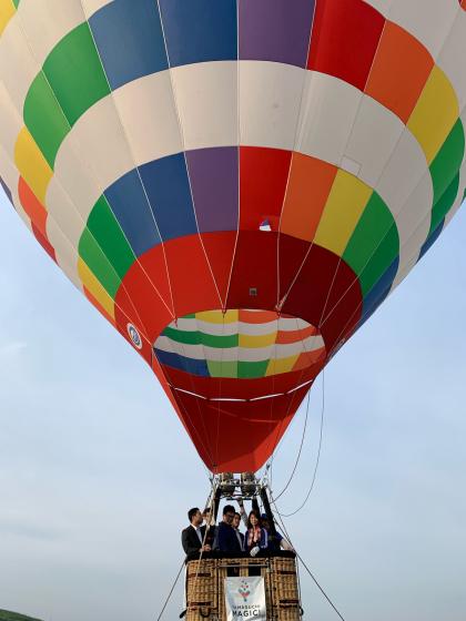 気球に乗って秋吉台の絶景を見よう!_c0150273_23140235.jpg
