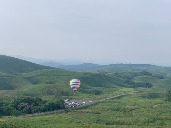 気球に乗って秋吉台の絶景を見よう!_c0150273_23211233.jpg