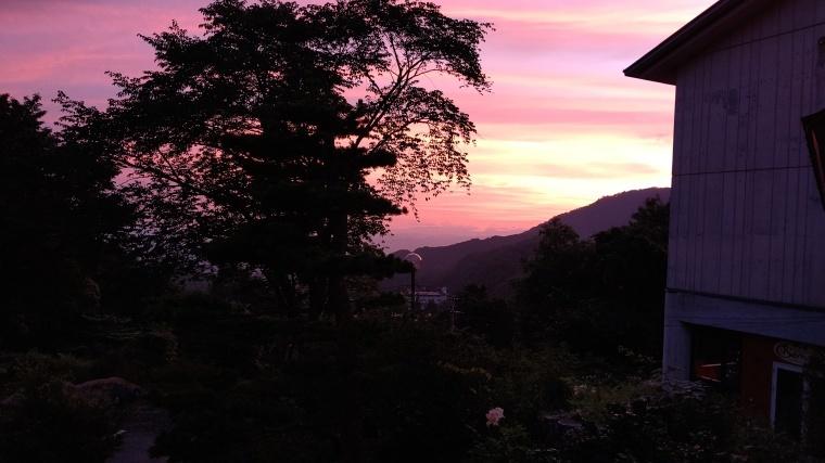 夕日が綺麗です。_b0185375_00053508.jpg