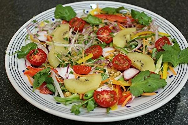 あのお店で食べたサラダを真似て、サラダコレクション_a0223786_14142973.jpg
