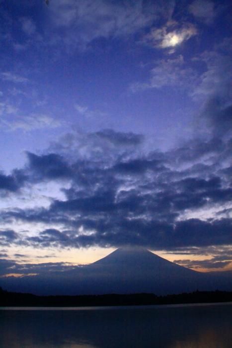 令和元年8月の富士(28)田貫湖夜明けの富士_e0344396_21162236.jpg
