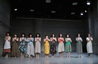 女性たちの祭典となった「神楽坂ダンス学校」ショーイング_d0178431_22104195.jpg