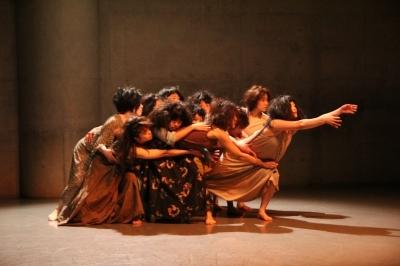 女性たちの祭典となった「神楽坂ダンス学校」ショーイング_d0178431_22105417.jpg