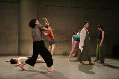 女性たちの祭典となった「神楽坂ダンス学校」ショーイング_d0178431_22115638.jpg