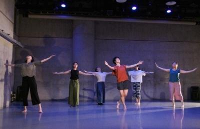 女性たちの祭典となった「神楽坂ダンス学校」ショーイング_d0178431_22122646.jpg