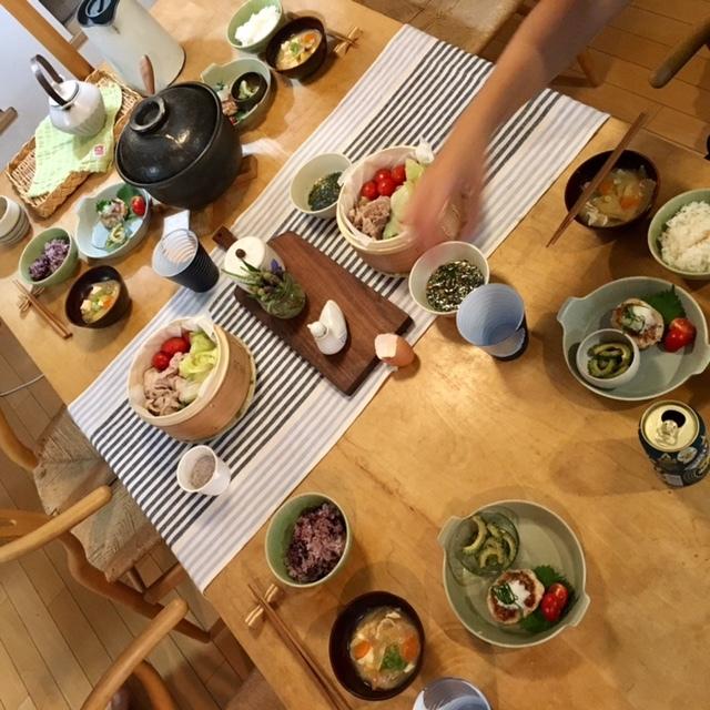 dinning table   4人で囲む小さなシアワセ_a0165160_15075902.jpg