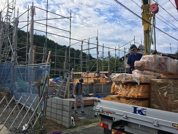 富塚 新川沿いの自然を望む天然素材の家 ★大工工事_d0205883_09551726.jpg