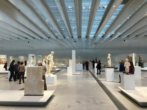 「美術館の分館」_e0028417_09070352.jpg