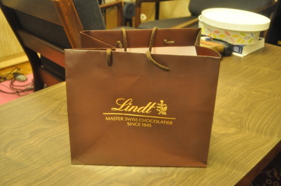 Lindlt chocolate_c0059521_20494380.jpg
