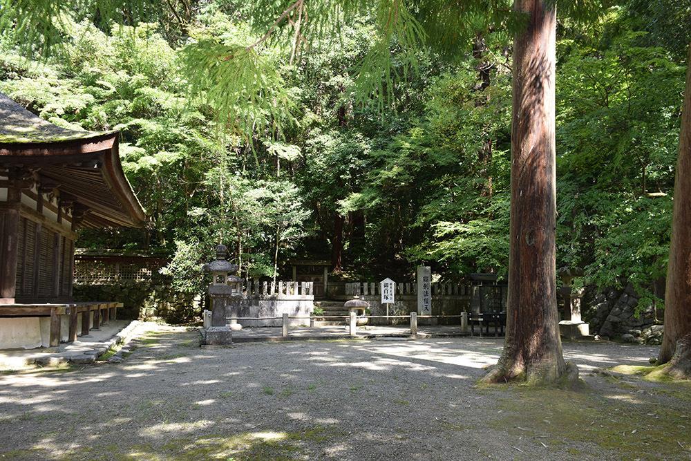 天誅組の足跡を訪ねて。 その5 「観心寺」_e0158128_15143285.jpg