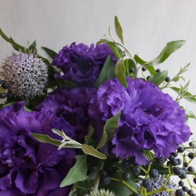 オークリーフ(紫色のトルコキキョウのアレンジメント)_f0049672_17484070.jpg