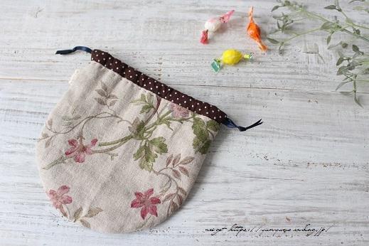 『キルトジャパン10月号』手縫いで作る小さくて可愛い丸巾着&楽天セール♪_f0023333_20490609.jpg