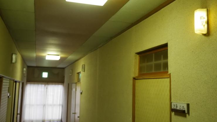 入浴していると外から町内放送が聞こえてきた-金田一温泉・仙養館_a0385880_22404608.jpg