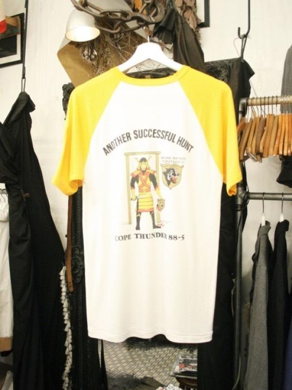 逸羊阪急東京男VS歩速度歩速度 後篇 ドイツ居酒屋へ 入荷Tシャツいろいろ、今シーズン最後??のTシャツ大量入荷_f0180307_00385811.jpg