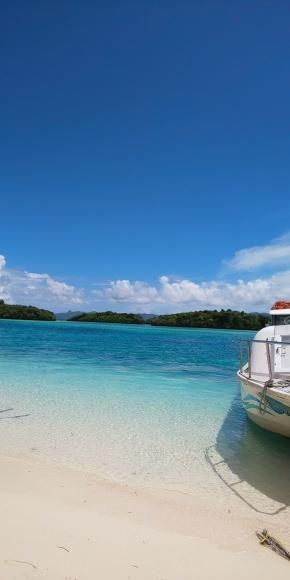 青い海、白い砂浜、青い空、白い雲  💗_b0356852_23102059.jpg