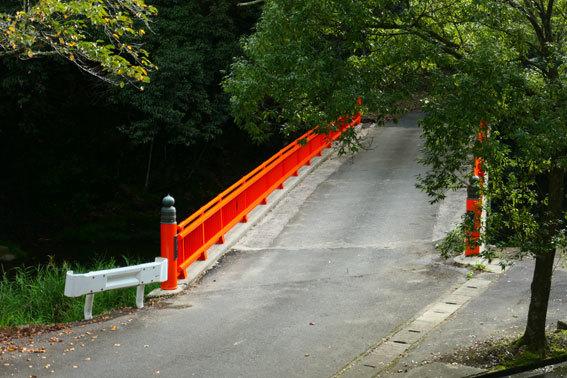 湯香里橋がきれいになりました_b0145257_16035996.jpg