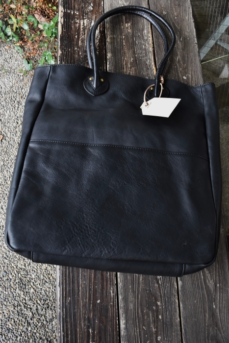 SLOW   LEATHER TOTE   NEW_d0152280_07454561.jpg