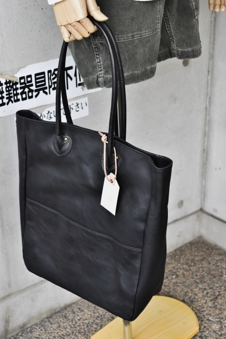 SLOW   LEATHER TOTE   NEW_d0152280_07464477.jpg