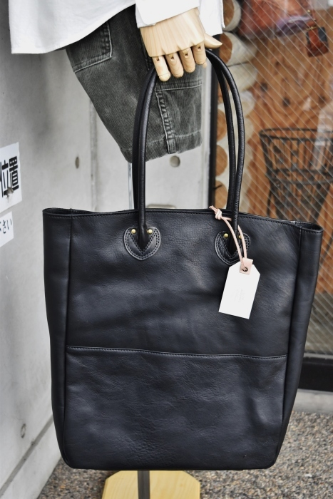 SLOW   LEATHER TOTE   NEW_d0152280_07473248.jpg
