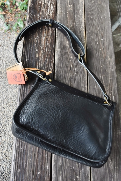SLOW   LEATHER TOTE   NEW_d0152280_07571533.jpg