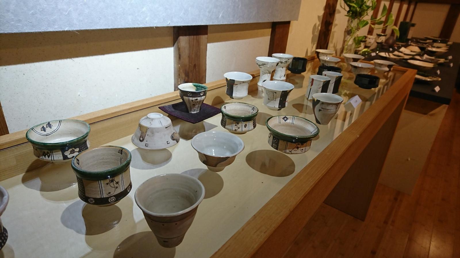 蔵織は今日から奥村進さんの作陶展。_e0046190_17155695.jpg