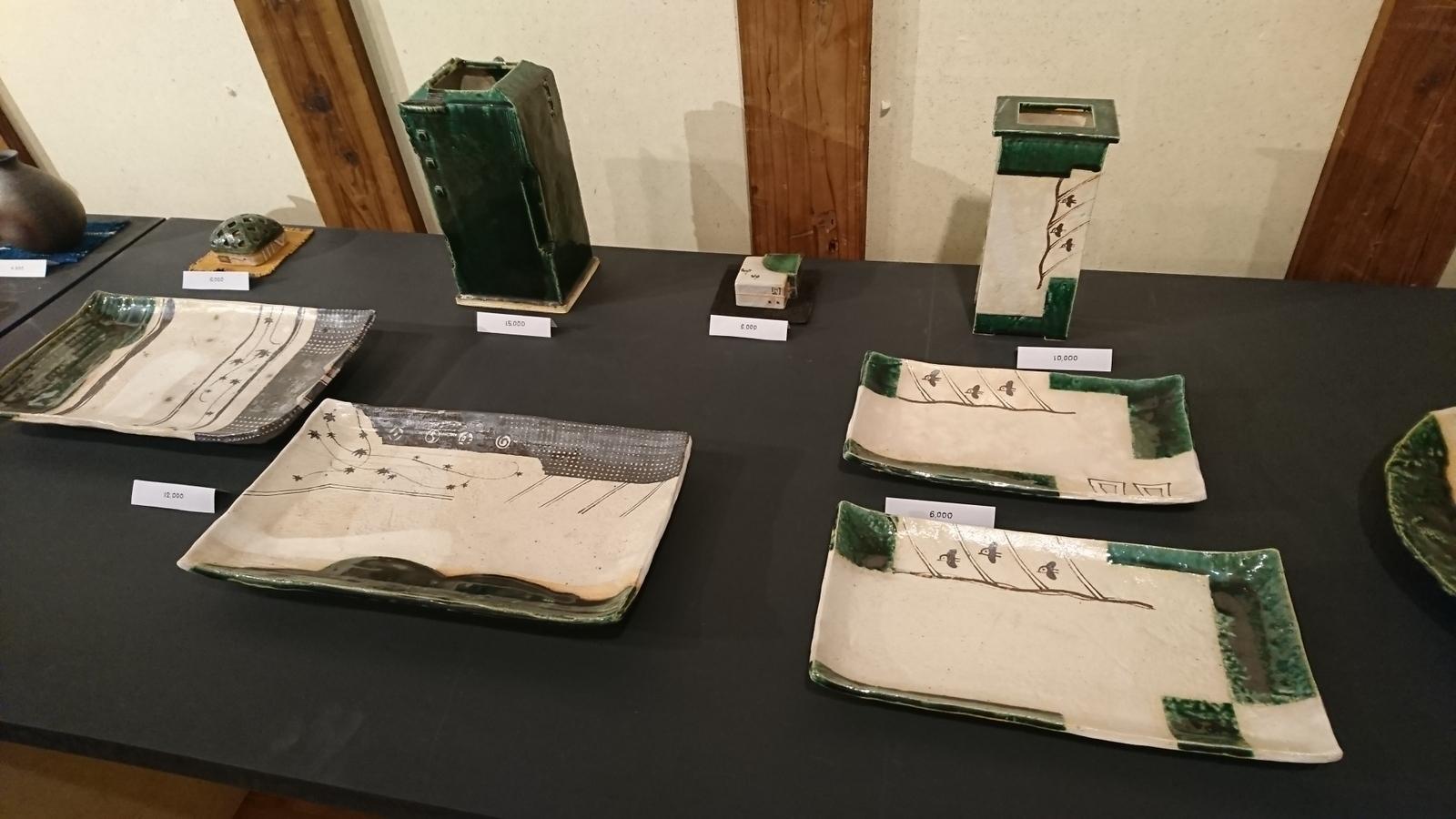 蔵織は今日から奥村進さんの作陶展。_e0046190_17161523.jpg
