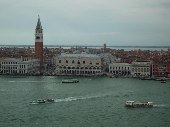 夏の終わりに--イタリアの旅 振り返り①_c0051092_08502390.jpg