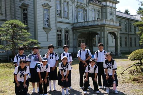福島市立清水中学校1年生、17名様が重文本館を見学_c0075701_14280599.jpg
