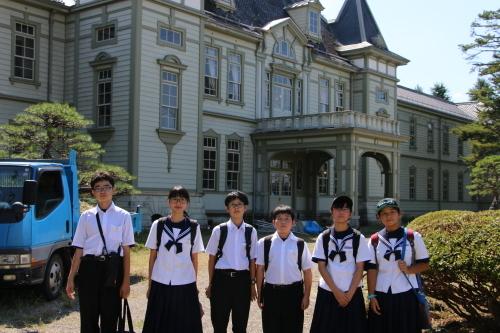 福島市立清水中学校1年生、17名様が重文本館を見学_c0075701_14282005.jpg