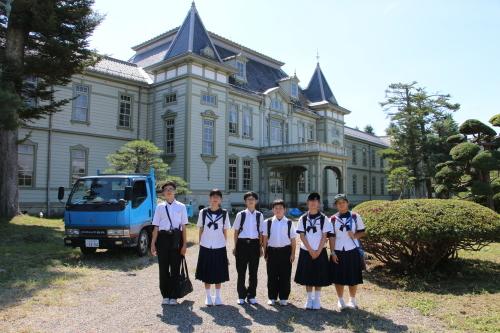 福島市立清水中学校1年生、17名様が重文本館を見学_c0075701_14282657.jpg