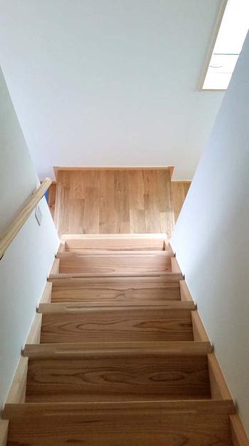 山長商店さんの 無垢材でつくる ストリップ階段_d0080906_14050211.jpg