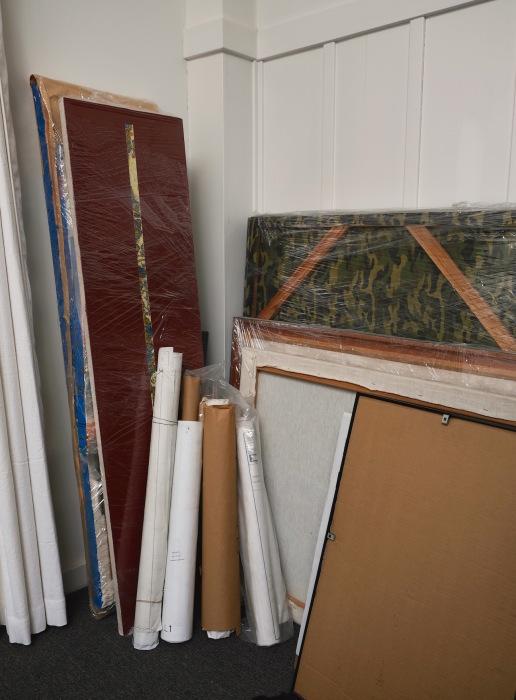 家中、絵だらけ/ Too Many Paintings_e0310424_10152492.jpg
