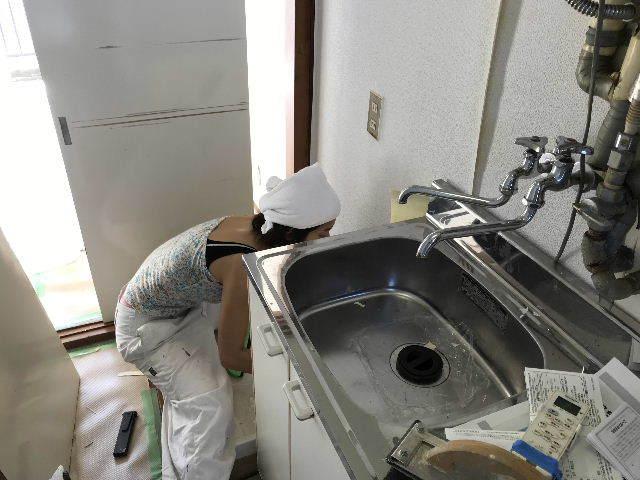 8日目 シャワーカーテンの取り付け_f0031037_20084243.jpg