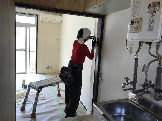8日目 シャワーカーテンの取り付け_f0031037_20084275.jpg